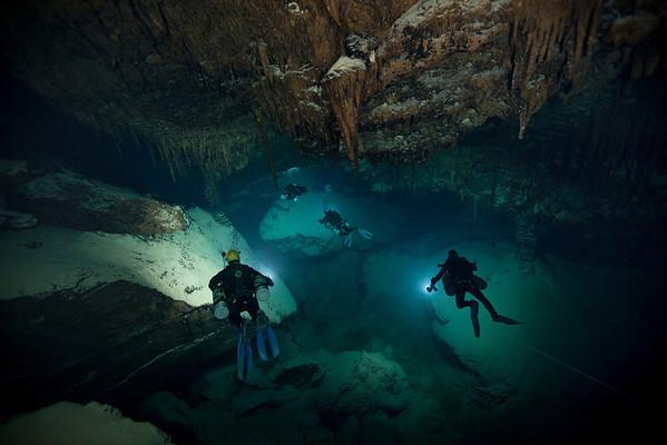 Deep Blue Cave Bermuda